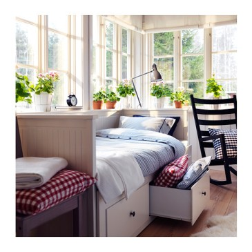 hemnes-day-bed-w-drawers-mattresses-white__0216951_pe316684_s4